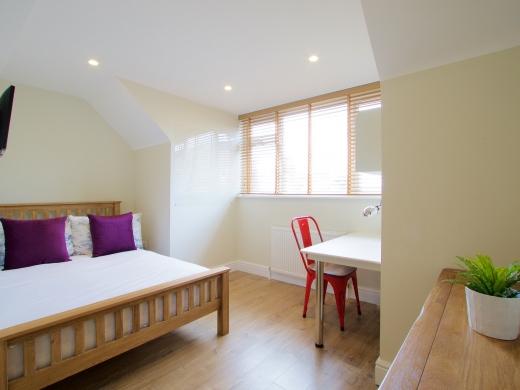 53 Brudenell Mount Leeds Student House Bedroom 4
