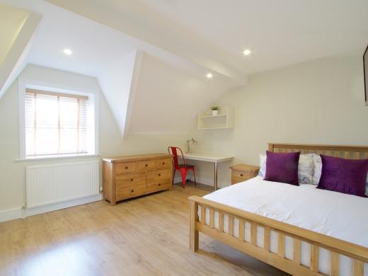 53 Brudenell Mount Leeds Student House Bedroom 1