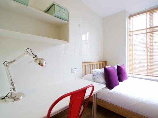 53 Brudenell Mount Leeds Student House Bedroom 5