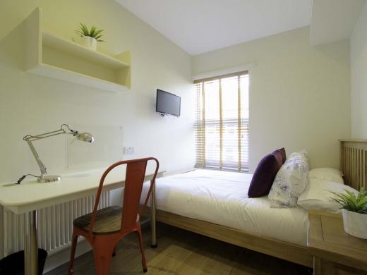 13 Hessle Terrace 6 Bedroom Leeds Student House Bedroom 8