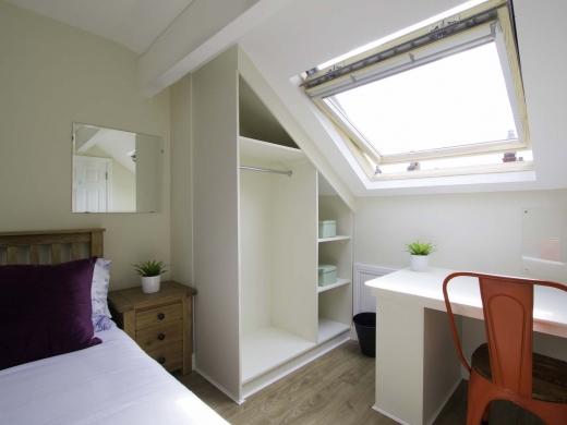 13 Hessle Terrace 6 Bedroom Leeds Student House Bedroom 3