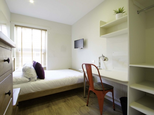 13 Hessle Terrace 6 Bedroom Leeds Student House Bedroom 6