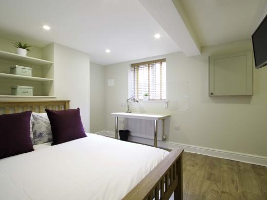 13 Hessle Terrace 6 Bedroom Leeds Student House Bedroom 11