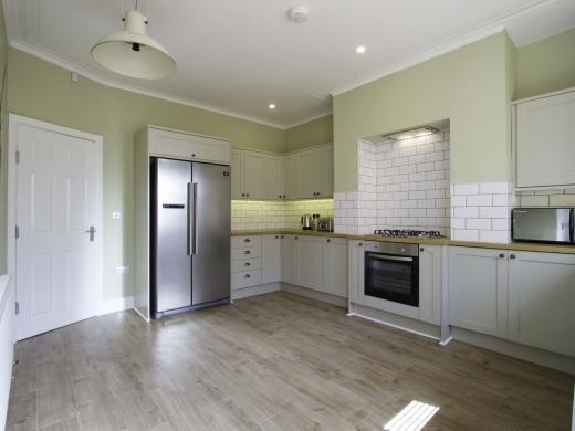13 Hessle Terrace 6 Bedroom Leeds Student House Kitchen 2