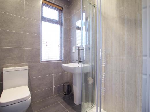 25 Hessle Terrace Leeds Student House Bathroom