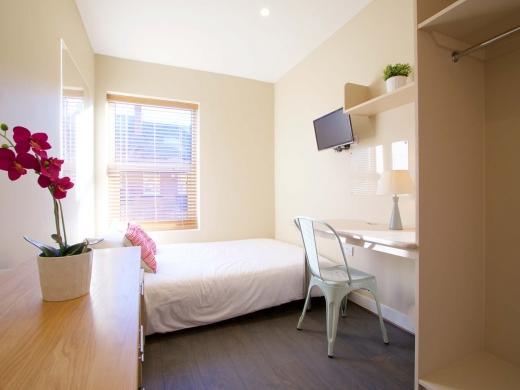 25 Hessle Terrace Leeds Student House Bedroom 6