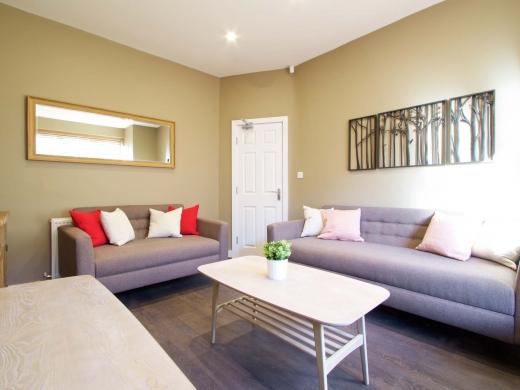 25 Hessle Terrace Leeds Student House Living Room 1