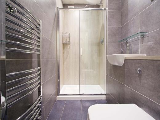 35 Hessle View Street Leeds Student House Bathroom 1
