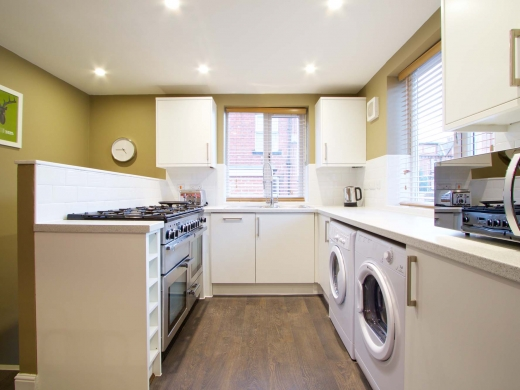 35 Hessle View Street Leeds Student House Kitchen 2