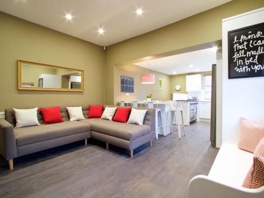 35 Hessle View Street Leeds Student House Living Room 1