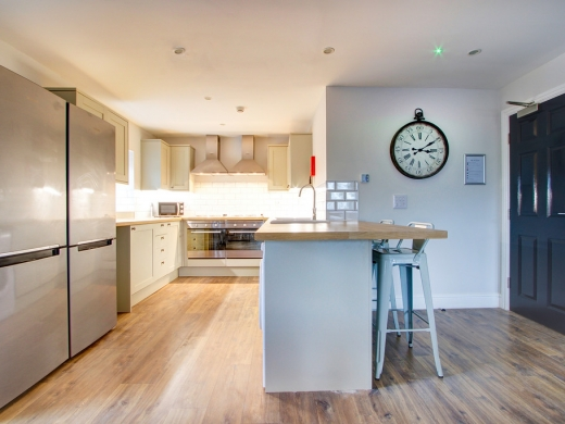 Flat H Park View 7 Bedroom Nottingham Student House Living Space 5