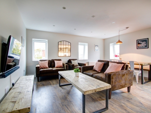 Flat H Park View 7 Bedroom Nottingham Student House Living Space 1