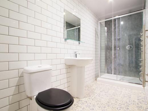 Flat H Park View 7 Bedroom Nottingham Student House Bathroom