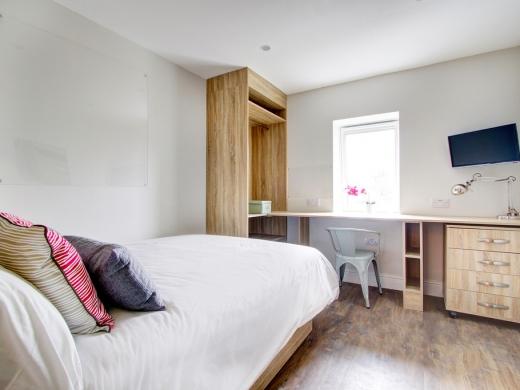 Flat H Park View 7 Bedroom Nottingham Student House Bedroom 1