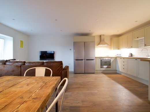 Flat IPark View 4 Bedroom Nottingham Student House Living Space 4