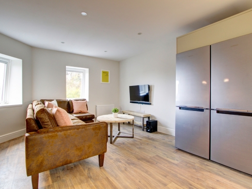 Flat IPark View 4 Bedroom Nottingham Student House Living Space 1