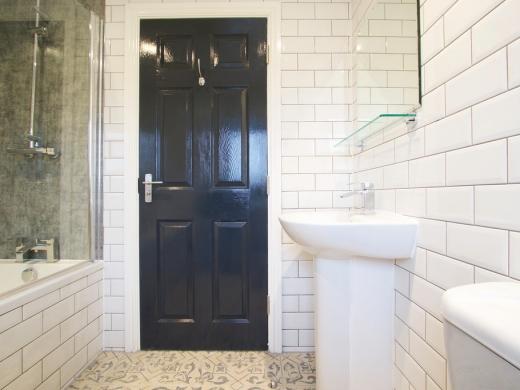 Flat IPark View 4 Bedroom Nottingham Student House Bathroom 1