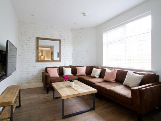 Flat J Park View 8 Bedroom Nottingham Student Accommodation Living Room