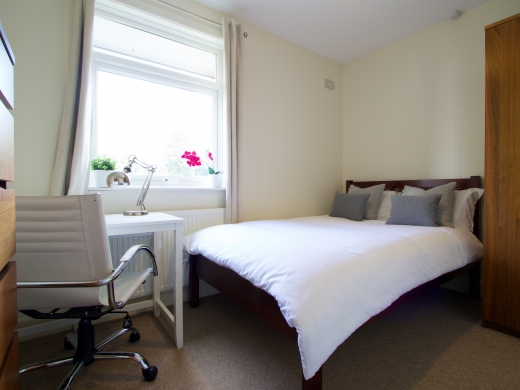 4 Union Road, Exeter, Student House, Bedroom, Angle 1