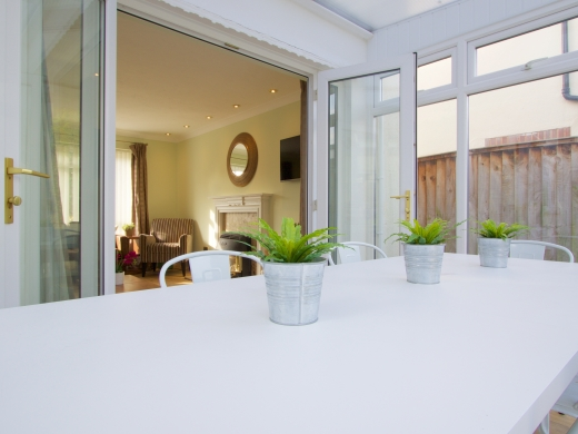 42 Union Road, Exeter, Student House, Dining room, Angle 3