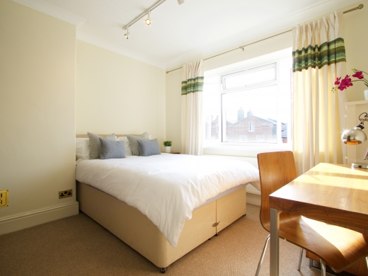 42 Union Road, Exeter, Student House, Bedroom