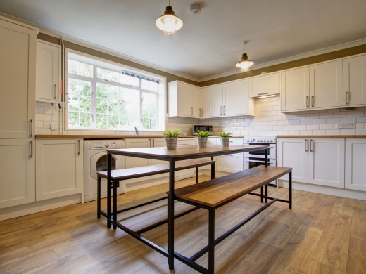 50 Union Road, Exeter, Student House, Kitchen, Angle 1