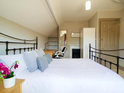 17 Pennsylvania Road Exeter 6 Bedroom Student House Bedroom 3