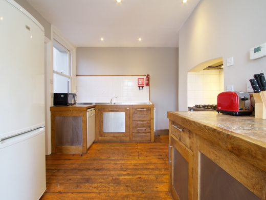 17 Pennsylvania Road Exeter 6 Bedroom Student House Kitchen