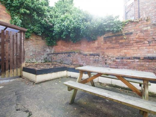 4 Albert Grove, Nottingham, Student House, Garden
