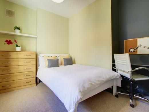4 Albert Grove, Nottingham, Student House, Bedroom