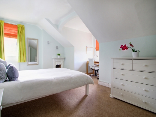4 Seely Road, Nottingham, Student House, Bedroom, Angle 1