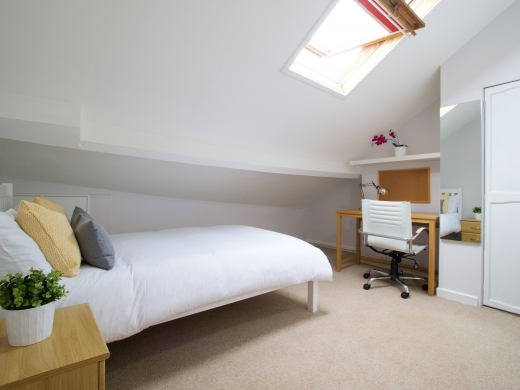 37 Grove Road, Nottingham, Student House, Bedroom, Angle 1