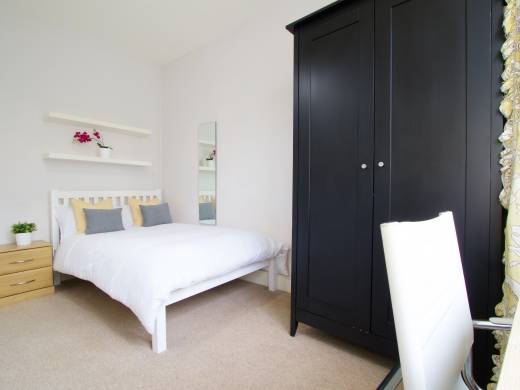 37 Grove Road, Nottingham, Student House, Bedroom, Angle 2