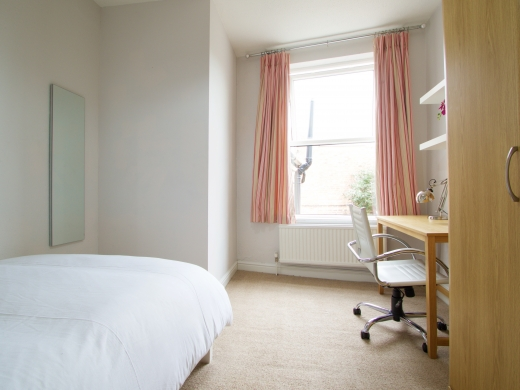 37 Grove Road, Nottingham, Student House, Bedroom, Angle 3