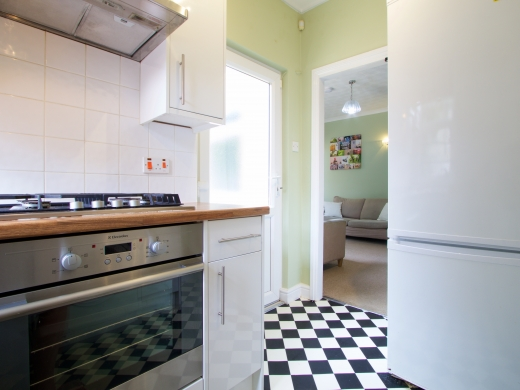 5 Trinity Avenue Nottingham Student House kitchen Angle 2
