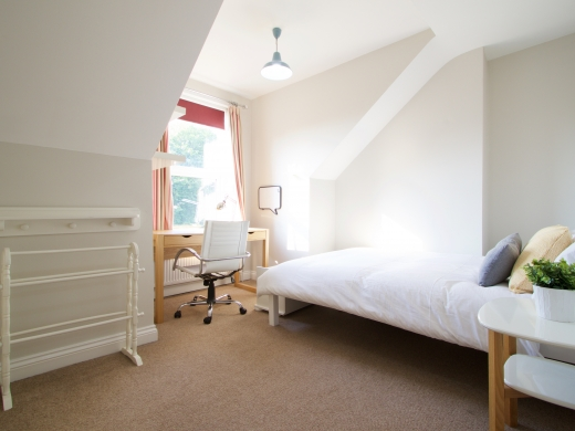 22 Sherwin Road Nottingham Student House Bedroom Angle 1