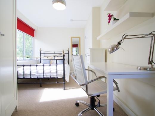 30 Rolleston Drive, Nottingham, Bedroom, Angle 2