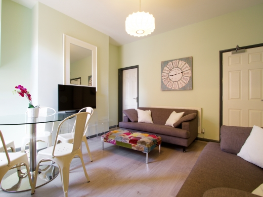 36 Lenton Boulevard, Nottingham, Student House, Sitting Room, Angle 3