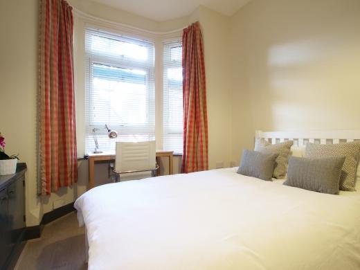 36 Lenton Boulevard, Nottingham, Student House, Bedroom, Angle 3