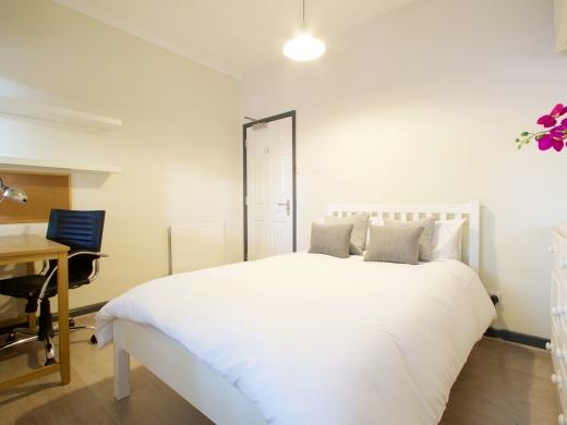 36 Lenton Boulevard, Nottingham, Student House, Bedroom