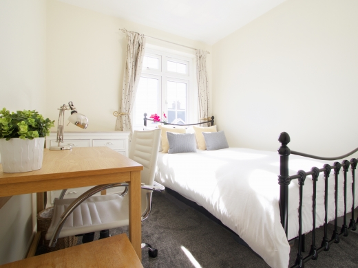9 Kenilworth Avenue, Oxford, Student House, Bedroom, Angle 1