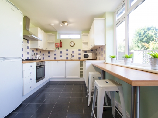 9 Kenilworth Avenue, Oxford, Student House, Kitchen, Angle 1