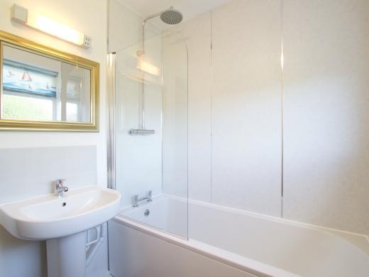9 Kenilworth Avenue, Oxford, Student House, Bathroom
