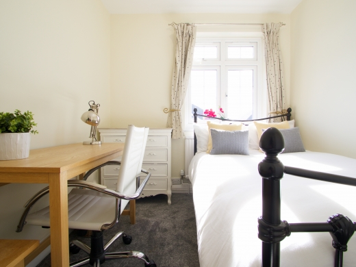 9 Kenilworth Avenue, Oxford, Student House, Bedroom, Angle 2