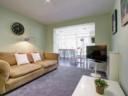 9 Kenilworth Avenue, Oxford, Student House, Sitting room, Angle 2