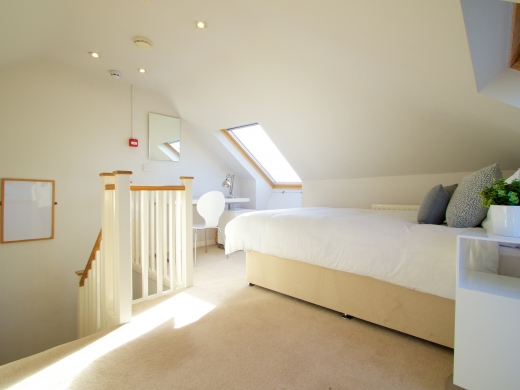 34 Kenilworth Avenue, Oxford, Student House, Bedroom, Angle 1