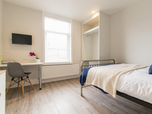 72 Thornycroft Road Liverpool Student House Bedroom 2