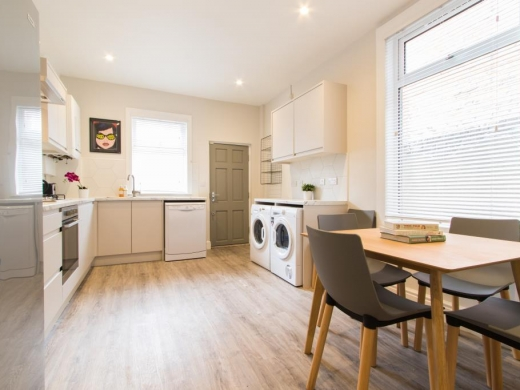 72 Thornycroft Road Liverpool Student House Kitchen and Dining Room