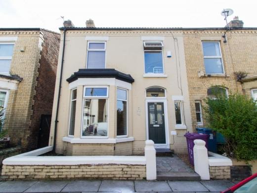 30 Barrington Road Liverpool Student House Exterior Shot