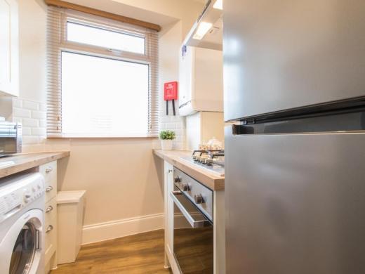 Flat 2, 11 Camden Street Plymouth Student House Kitchen
